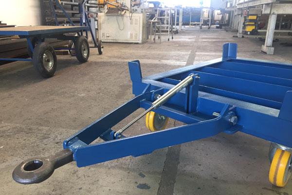 Hydraulic damper in industrial application